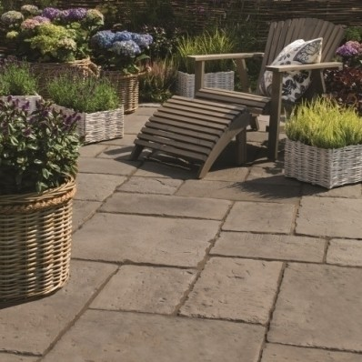 Bradstone Old Town Paving, Dark Grey, 6.4m2 Patio Pack