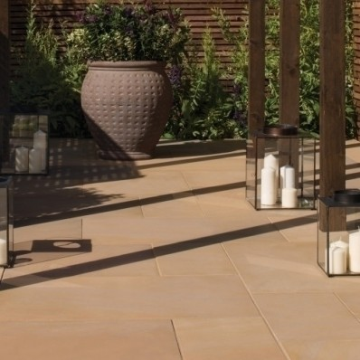 Bradstone Smooth Natural Sandstone Paving, Sunset, 15.30m2 Patio Pack